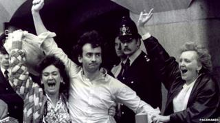 Gerry Conlon, pictured with his sisters after being released at the Old Bailey in 1989
