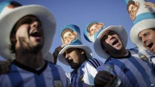 Argentine football fans at the Maracana stadium in Rio de Janeiro, 15 June 2014
