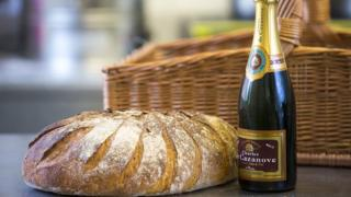 £25 bread