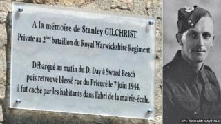 Pte Stanley Gilchrist and the place sign bearing his name