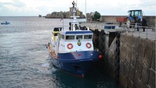 Ferry Bon Marin de Serk in La Maseline Harbour
