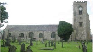 Eglwys Sant Mihangel, Abergele