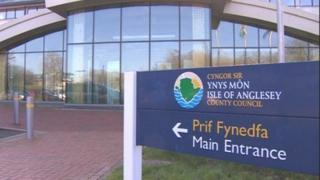 Swyddfa Cyngor Môn