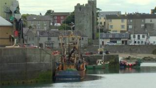 The men who were on a privately-owned boat got into difficulty at the mouth of Ardglass harbour