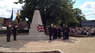 The Duke of York unveiling the memorial