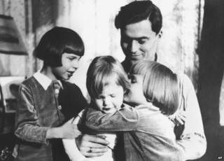 Claus Graf Schenk von Stauffenberg is surrounded by his children (from R) Berthold, Franz-Ludwig und Haimeran in 1940