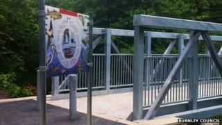 Brun Valley Forest Park bridge