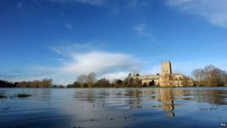 Tewkesbury Christmas 2013 winter flooding