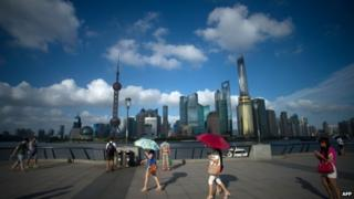 Better infrastructure in China's big cities attracts thousands of migrants every year
