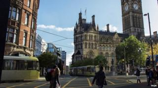 Artist's impression of trams in Albert Square