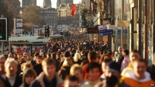 Edinburgh shoppers