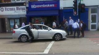 Taxi in Tottenham in which the Commissioner chased the suspects