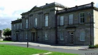 Dumbarton Sheriff Court