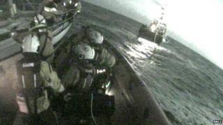 RNLI help damaged yacht