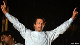 Pakistan's Imran Khan and Tahirul Qadri in Islamabad rally