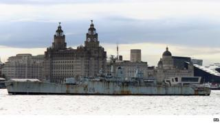 HMS Plymouth leaving the Mersey