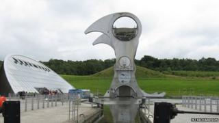 The Falkirk Wheel links the Forth and Clyde Canal with the Union Canal