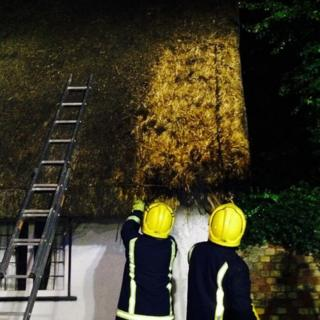 Thatched roof set alight in Huntingdonshire