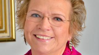 Dr Anna Gregor