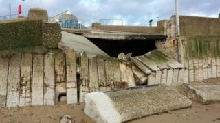 Lowestoft beach seawall