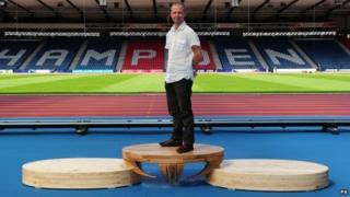 Paul Hodgkiss and a Glasgow 2014 medal podium