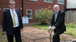 College principal Matthew Orford and Linkage chief executive Ges Roulstone at the site of the new college building on Weelsby Road in Grimsby