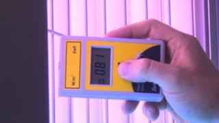 Tanning meter