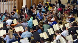Orchestre Symphonique Kimbanguiste and Halle Orchestra
