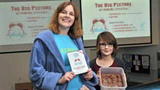 Kerry and Phoebe at a cake sale