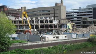 Demolition of Yorkshire Post building