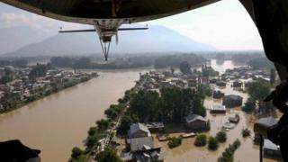 A view of residential houses submerged in flooded waters on September 10, 2014 in Srinagar