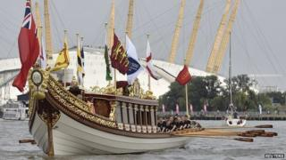 """The Queen""""s Barge Gloriana"""