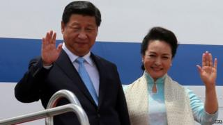 Chinese President Xi Jinping and First Lady Peng Liyuan (right) are on a three-day state visit to India