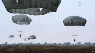 Parachutists in Arnhem