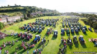 The tractors gathered at the tribute
