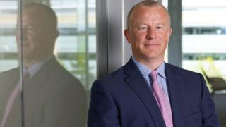Neil Woodford scraps bonus pay at his investment firm