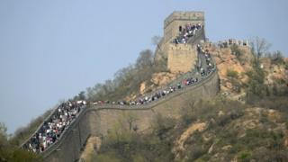 Reports say most of China's popular tourist detonations are overcrowded and expensive during national holidays