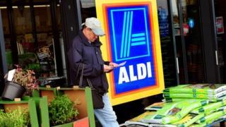 Aldi shopfront