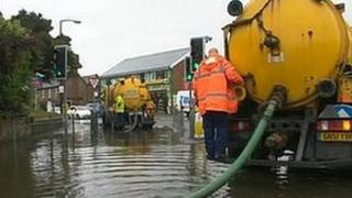 Tanker pumping water from Felpham in 2012