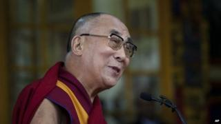 Tibetan spiritual leader the Dalai Lama speaks to a crowd in India on 2 Oct 2014