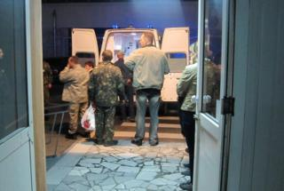 Mechnikov hospital in Dnepropetrovsk receives the injured Ukrainian soldiers from Donetsk airport