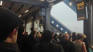 Rail disruption at Reading