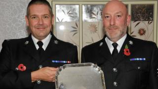 Sgt Gareth Davies (l) and PC John Harrison