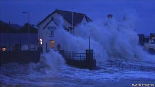 Waves at Pendine