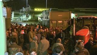 Farmers for Action protest at Morrisons depot