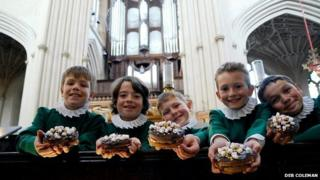 Choir boys with cakes at Bath Abbey
