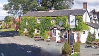 Black Horse pub in Maesbrook