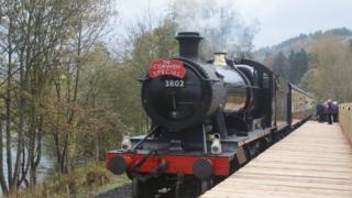 Tren Corwen