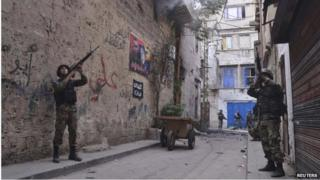 Troops in Bab al-Tabbaneh (27/10/14)