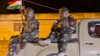 Iraqi Kurdish Peshmerga fighter leaves for Kobane, 31 Oct